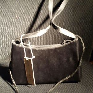 BNWT LA Regale Small Black Purse